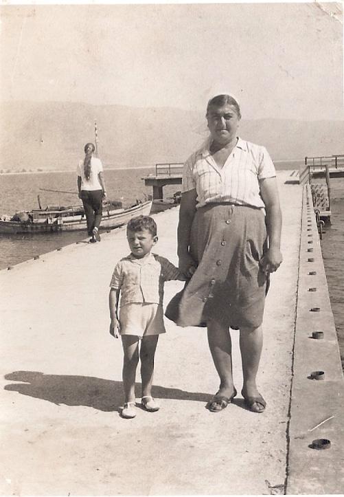 Ευδοκία (Σεμερτζίδου) Γιαμουρίδου - Ο μικρός Ιωάννης Γιαμουρίδης