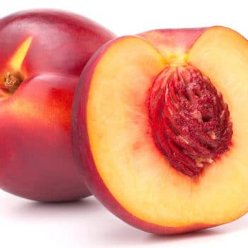 Νεκταρίνι το καλοκαιρινό φρούτο και τα οφέλη στην υγεία του οργανισμού